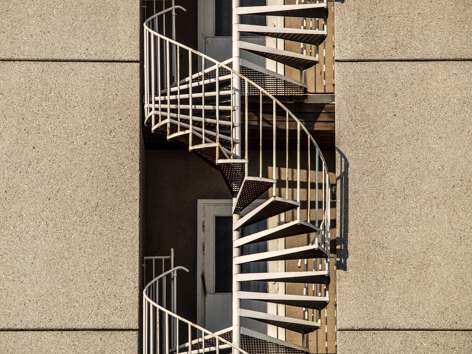 Comment monter un escalier en colimaçon ?