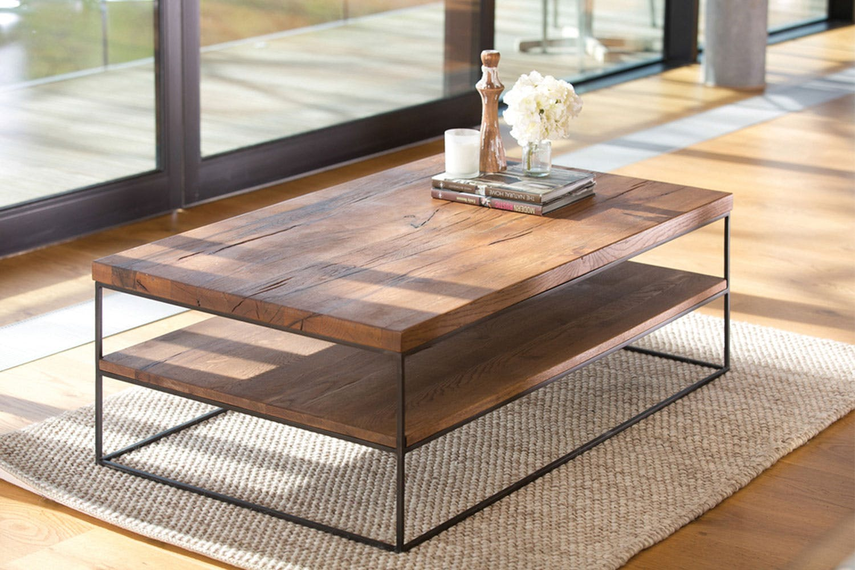 Que choisir table basse avec canapé d'angle?