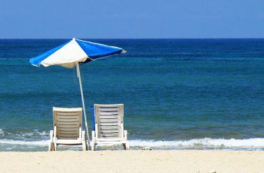 Comment choisir un parasol de plage pour l'été ?