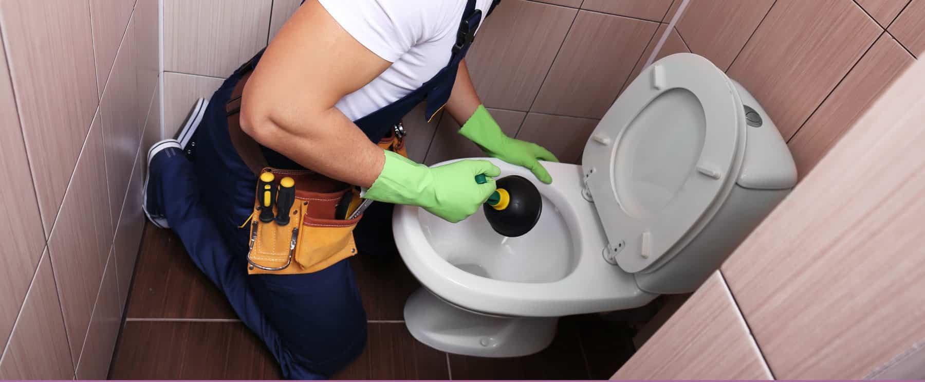 Déboucher ses toilettes: que peut-on utiliser?