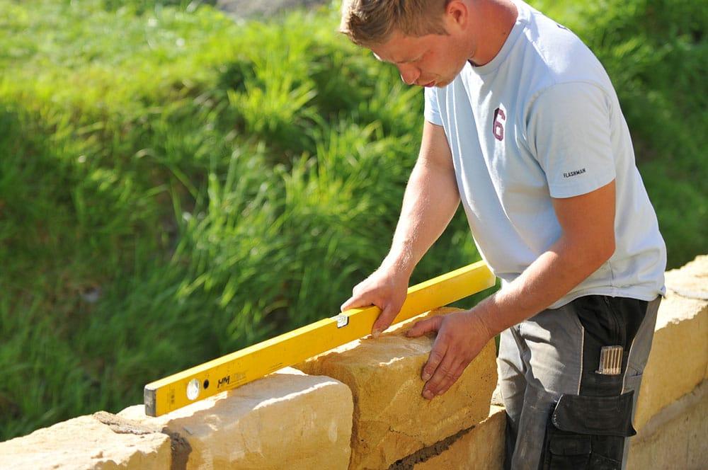 Comment construire un mur en pierre